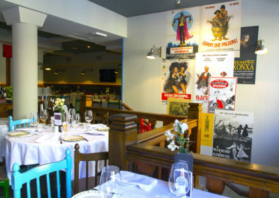 dining room modern Tavern