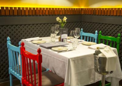 dining room Tavern moderna03